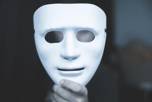 Masque blanc à simuler
