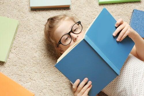 Les filles lisent pour le plaisir