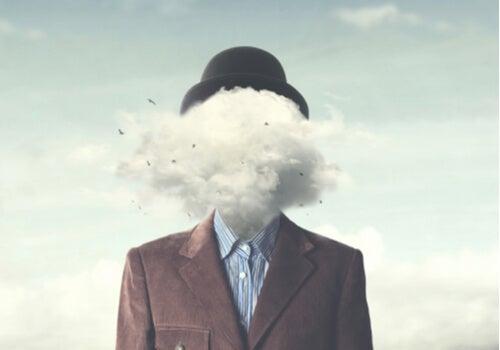 Un homme avec un nuage dans la tête
